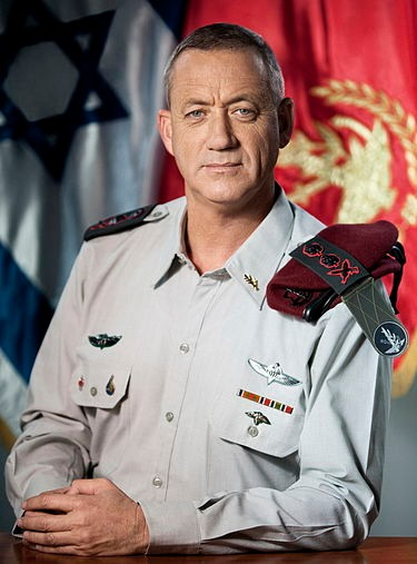 Flickr_-_Israel_Defense_Forces_-_20th_Chief_of_Staff_Lt._Gen._Benny_Gantz.jpg